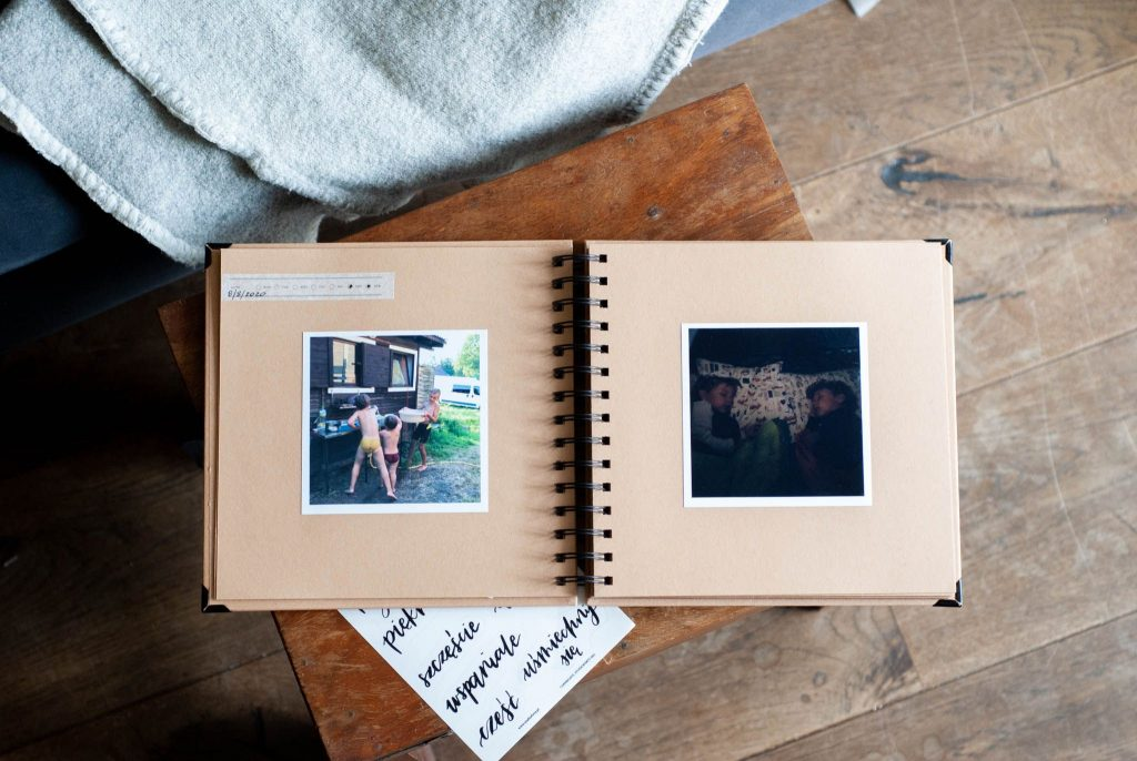 zdjęcia w albumie
